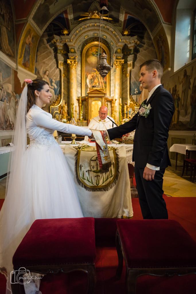 WEB_2016_10_01_Gyöngyi-András_esküvő_1614-4