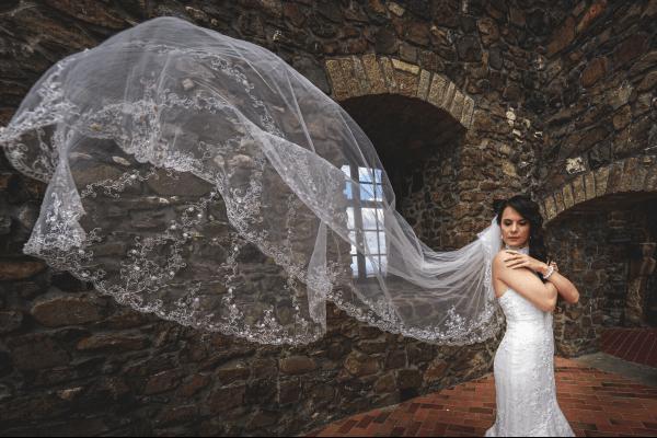 Esküvőfotózás - libbenő fátyol- Hodos Alex - pixLX